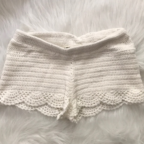 tally weijl Pants - crochet shorts